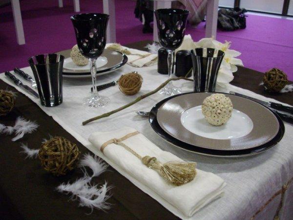 Photograph d coration de table pour petit d ner en amou - Table amoureux ...